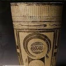 تحلیل و بررسی گونه شناسی و گاهنگاری نسبی ظروف عصر آهن بخش پیش از تاریخ موزه ملی ایران باستان