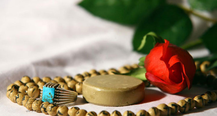 تحلیل و بررسی پژوهش شناخت راه ها و اصول آموزش خلاق در آموزش مفاهیم دینی (نماز)