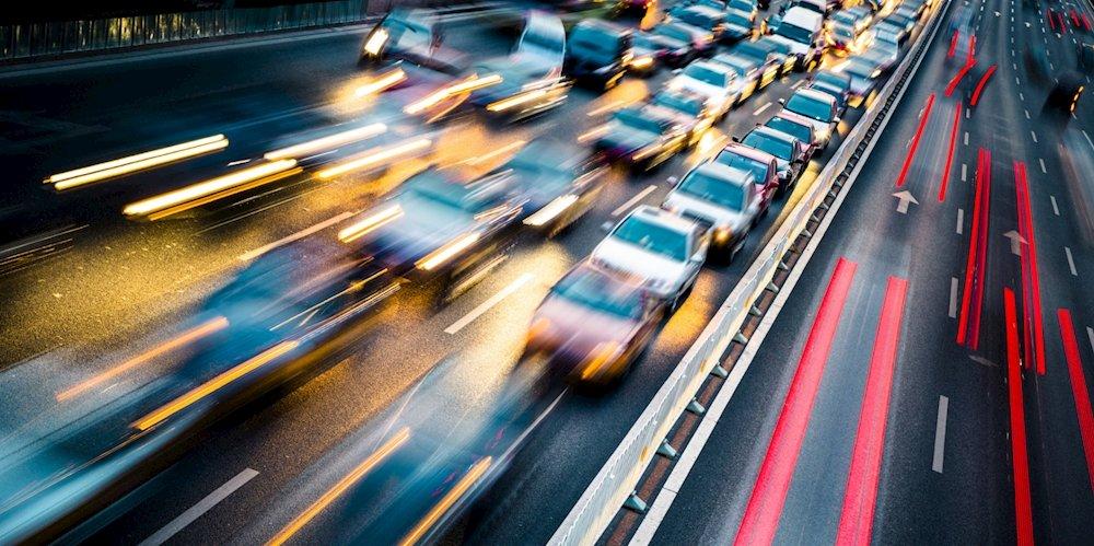 تحقیق آرامسازی ترافیک درمحلات وخیابانهای مسکونی