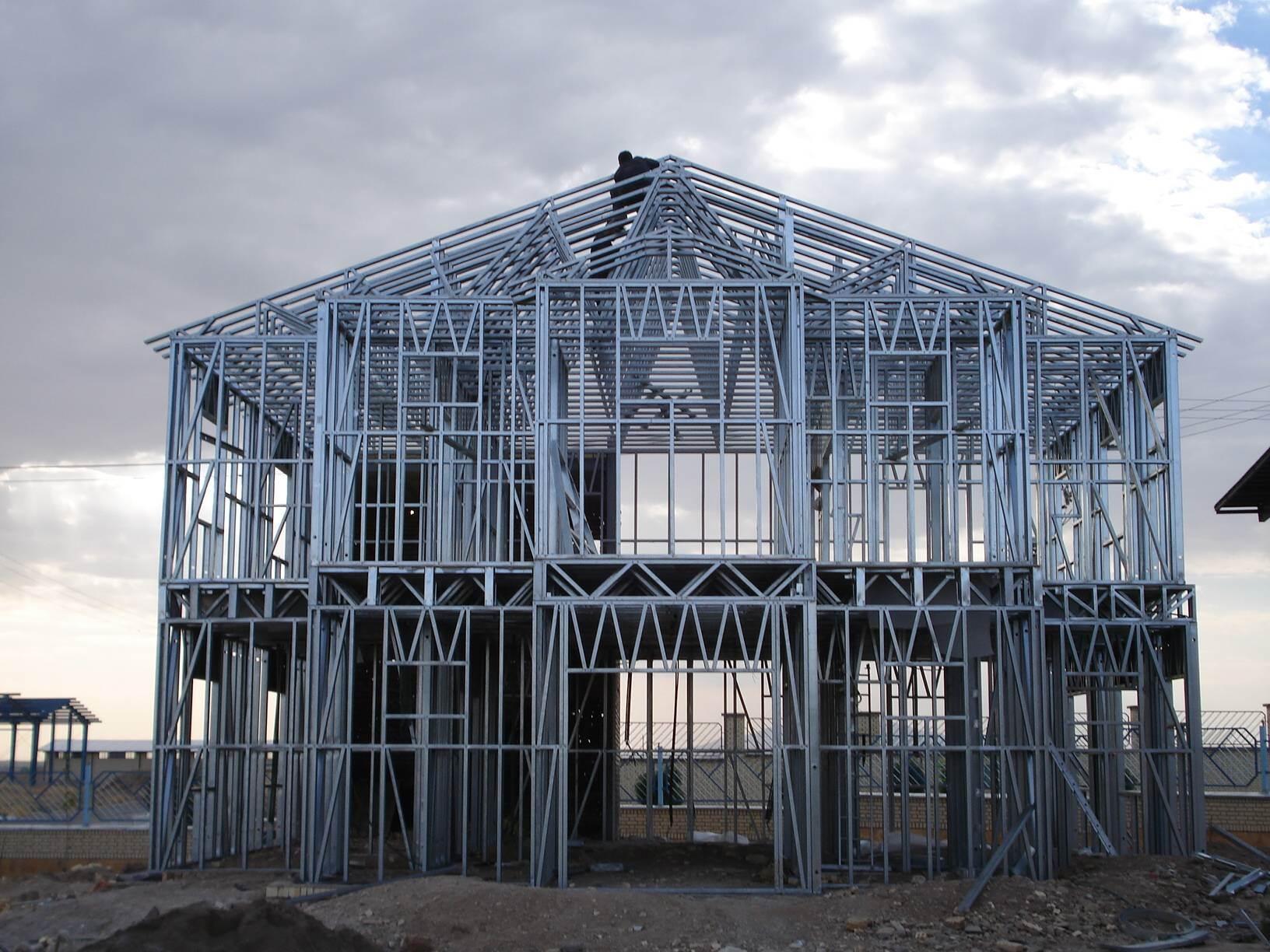 پاورپوینت طراحی سازه های فلزی پیش ساخته