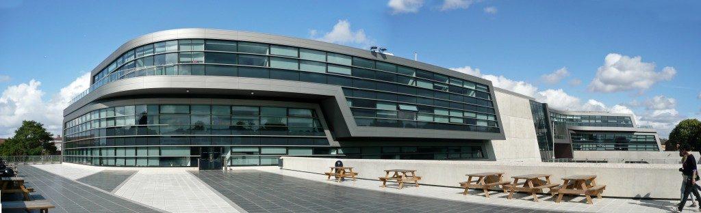 پاورپوینت مدرسه اولین گریس محل بنا بریکستن لندن