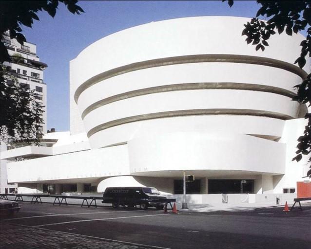 پاورپوینت بررسی معماری مدرن متاخر